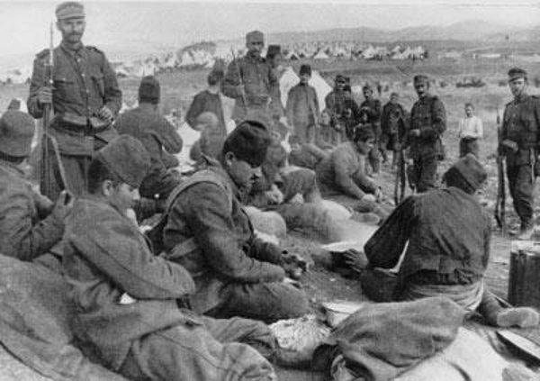 Turks_prisoners.jpg