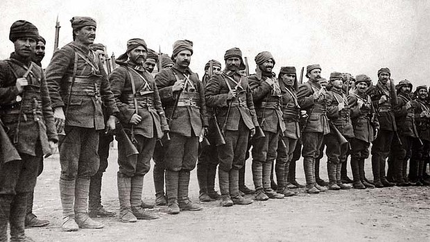 gallipoli-turkish-troops.jpg