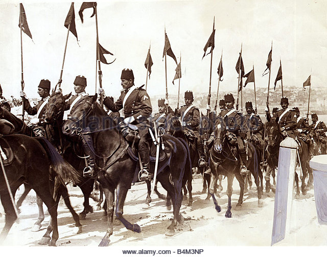 turkish-cavalry-in-constantinople-balkans-war-1912-october-1912-b4m3np.jpg