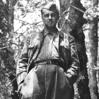 Hoxha_at_Odrican_1944.jpg.c94e410f58208e
