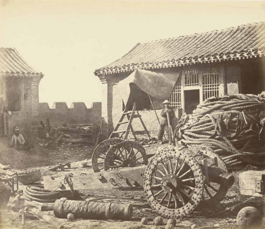 felice-beato-1860-pehtang-fort-photograp