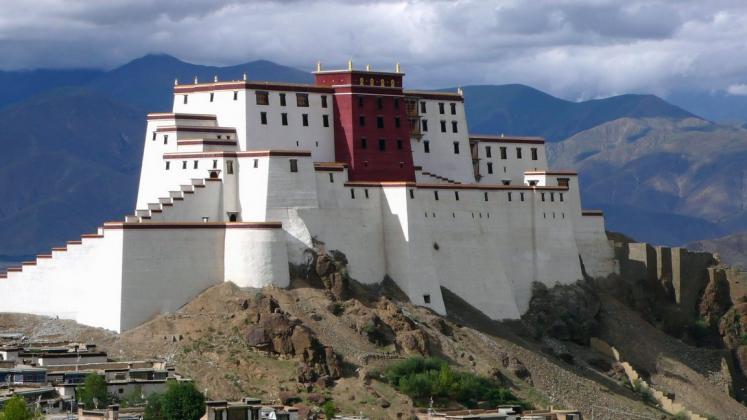 tibet-60-tashilhunpo-monastery-3737.jpg.