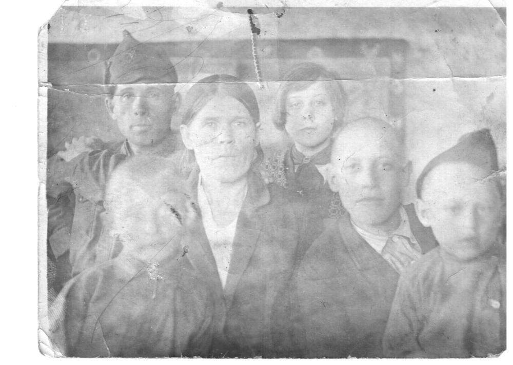 томзиковы 1925-26 (2).jpg