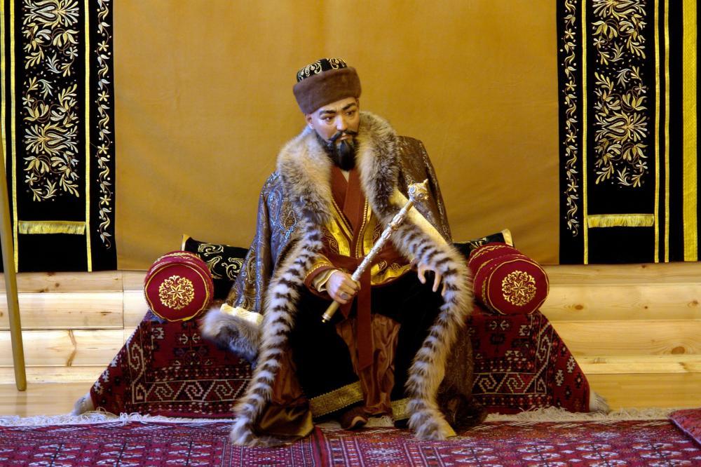 Абылай-хан в своем доме под Петропавловском2.JPG