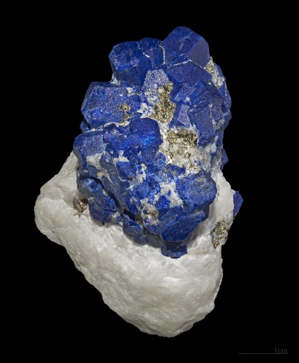 Lazurite.thumb.jpg.d327fdc47b9a97ef6c9c6