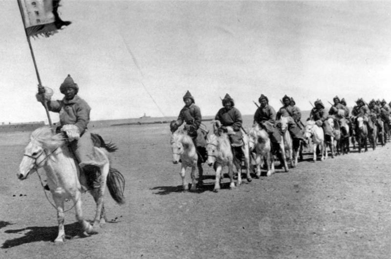 Inner-Mongolian-cavalry-unit-1935-1.jpeg