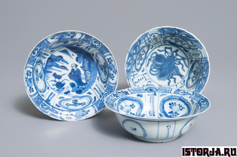 three-chinese-blue-and-white-kraak-porce