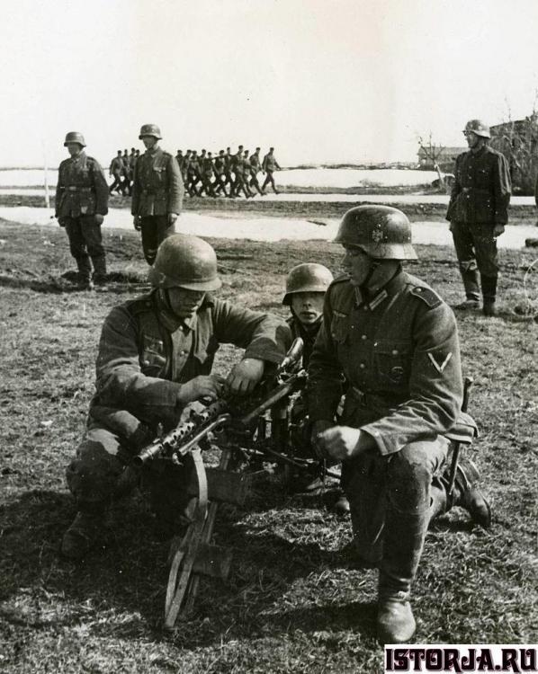 Spanish_soldiers.thumb.jpg.3c3fe3a1a29cd