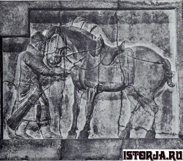 Emperor_Taizongs_horses_by_Yan_Liben.jpg