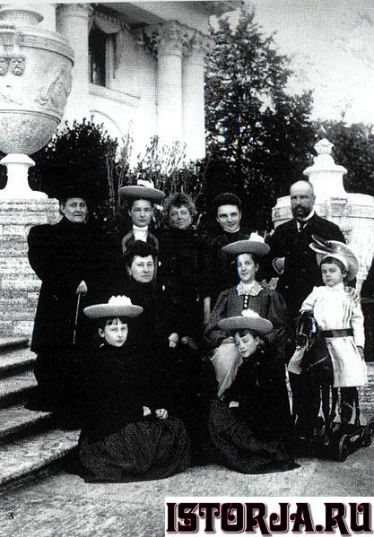 Family_of_Stolypin.jpg.158846364f8aaf338